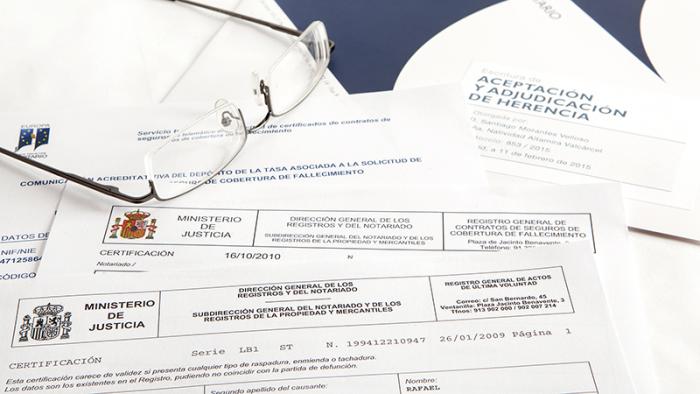 da2227349 Cómo pedir el Certificado de Últimas Voluntades - Adminfácil