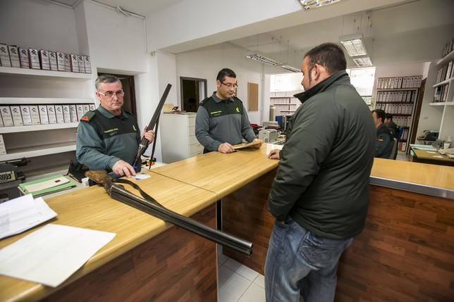 Intervención de armas en la Guardia Civil